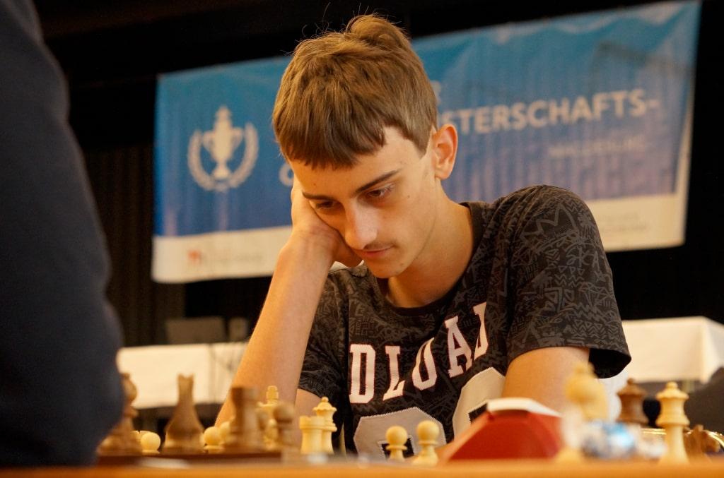 Tobias spielt auf der Deutschen Einzelmeisterschaft in Magdeburg